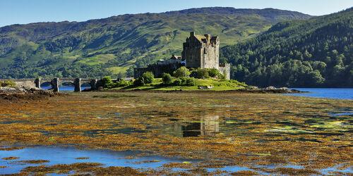 Bild mit Festung, Burg, See, Brücke, Schottland, Wasserspiegelung, Castle, Eilean Donan Castle, Loch Duich, Familiensitz