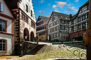 Bild mit Architektur, Historische Gebäude, Historisch, Markt, mittelalter, schwarzwald, Fachwerk, Schiltach, marktplatz, kopfsteinplaster
