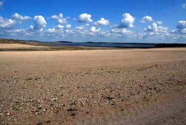 Sandlandschaft am See