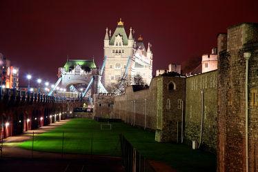 Bild mit Städte, Schloss, London, Burg, Stadt, London Bridge, City of London, City, turm, Castle, Castle bridge, stadt london, schloss london, london schloss, Burgen
