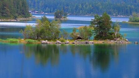 Bild mit Natur, Seen, Nationalparks, Sommer, Wanderweg, Entspannung, Landschaften & Natur, Ruhe am See, Wanderungen, Eibsee