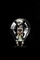Bild mit Schwarz, Dunkelheit, Birne, Licht, Energie, Schatten, Lampe, Freigestellt, schwarzer Hintergrund, glühbirne