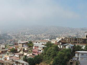 Bild mit Gebäude, Häuser, Straßen, WOHNEN, Großstadt, Chile, Südamerika, Fernreisen, Valparaiso, Rundblick