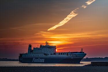 Bild mit Urlaub, Sommer, Sonnenaufgang, Sonne, Strand, Ostsee, Meer, Licht, Schatten, Schleswig