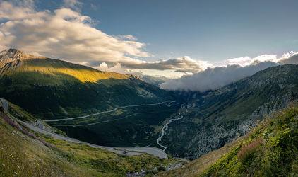 Bild mit Sommer, Panorama, Wolkenhimmel, Landschaftspanorama, Sonnenuntergang/Sonnenaufgang, Schweiz, Grüne Farben, schweizeralpen, furkapass