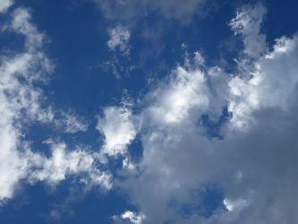 Bild mit Wolken, Blau, Wolkenhimmel, Wolken am Himmel