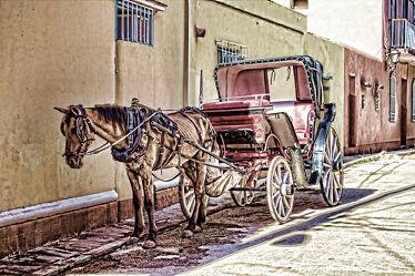 Bild mit Urlaub, Pferd, kutsche, Pflastersteine, Pferdewagen