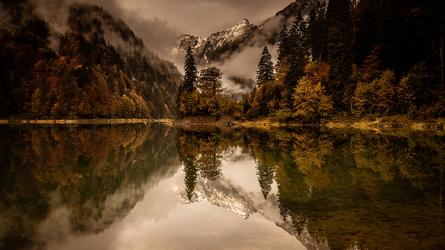Bild mit Seeblick, Bergsee, Landschaften im Herbst, Goldener Herbst, Landschaftsidylle