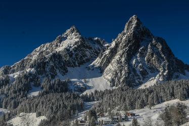 Bild mit Berge und Hügel, Landschaftspanorama, Winterlandschaften, Hohe Berge