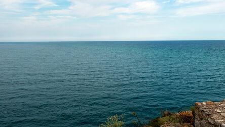 Bild mit Natur, Wasser, Felsen, Horizont, Meerblick, Panorama, Wolken am Himmel, Weitblick, meereswellen, Schwarzes Meer