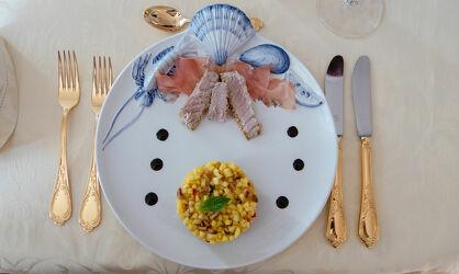 Bild mit Essen, Details, Dekoration, tischdeckenmuster, messer, gabel, tisch, Luxus