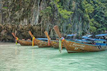 Bild mit Strände, Buchten, Inseln, Meerblick, asien, südostasien, Longtailboot, Thailand, Lagune