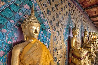 Bild mit Buddha, südostasien, Buddhas, Tempelanlagen, Religion, BUDDHASTATUE, Thailand, Bangkok, Wat Arun