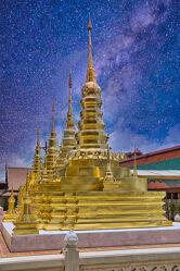 Bild mit Kunst, südostasien, Tempelanlagen, Tempel, Religion, gold, Thailand, Kunstwerke