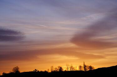 Bild mit Sonnenaufgang, bewölkt, Morgenlicht