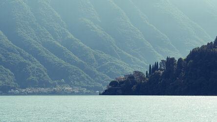 Bild mit Wasser, Seen, Herbst, Italien, Sonne, Wald, Baum, Komersee, Nachmittag