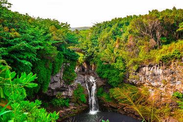 Bild mit Wasserfall, Reisen, Wandern, abenteuer, Fernreisen, Maui, Tropen, Hawaii, Tropischer Wald