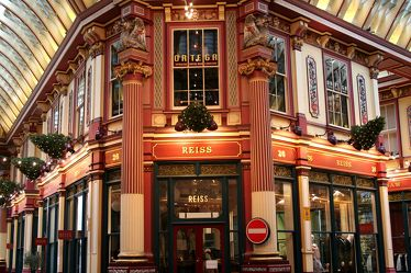 Bild mit Orte, Siedlungen, Architektur, Bauwerke, Gebäude, Wahrzeichen, Vereinigtes Königreich, Städte, Leadenhall Market, England, London, London Bridge, City of London, Gracechurch St