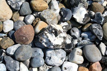 Bild mit Natur,Landschaften,Felsen,Architektur,Baustoffe,Kies,Bauwerke,Straßen und Wege,Kopfsteinpflaster